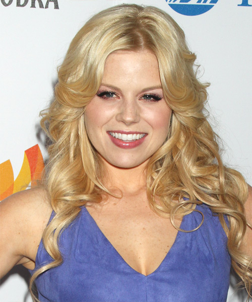Megan Hilty Long Wavy Hairstyle - Light Blonde (Champagne)