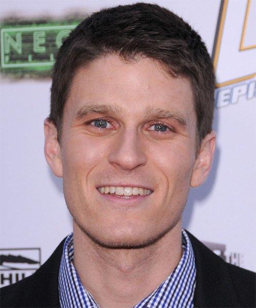 Kevin Pereira Short Straight Hairstyle - Dark Brunette