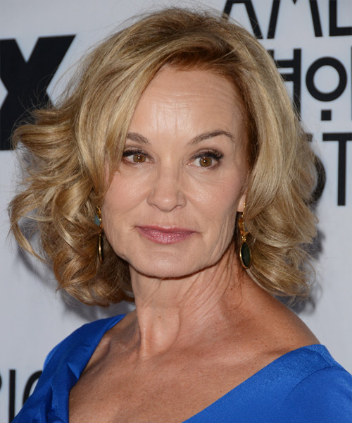 Jessica Lange Short Wavy Formal Hairstyle - Dark Blonde Hair Color
