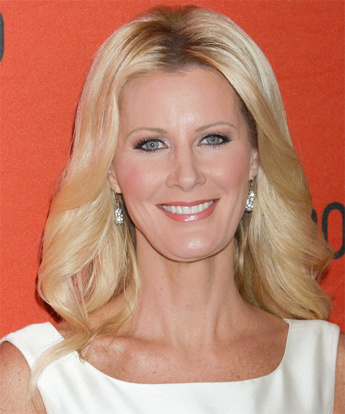 Sandra Lee Medium Wavy Formal Hairstyle - Medium Blonde (Golden) Hair Color