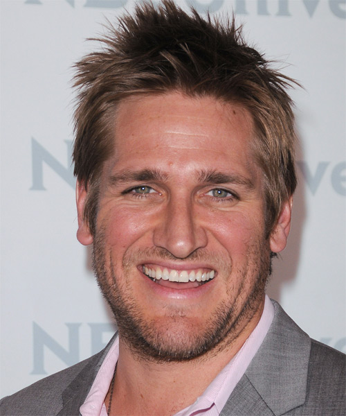 Curtis Stone Short Straight Hairstyle - Medium Brunette