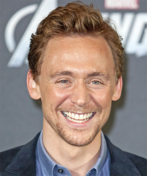 Tom Hiddleston  - Casual Short Straight Hairstyle