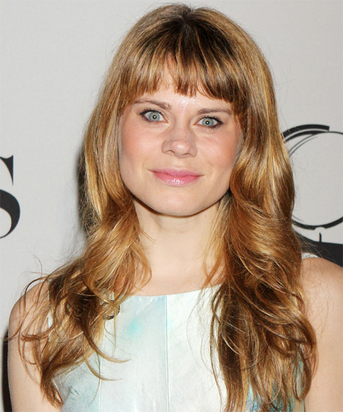 Celia Keenan-Bolger  Long Wavy Casual Hairstyle with Blunt Cut Bangs - Medium Blonde (Golden) Hair Color