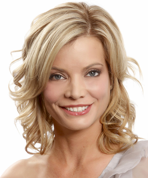 Medium Wavy Formal Hairstyle - Medium Blonde (Champagne)