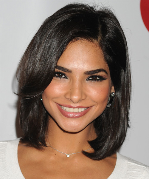 Alejandra Espinoza Medium Straight Bob Hairstyle