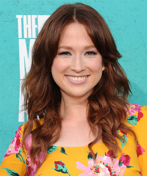 Ellie Kemper Long Wavy Hairstyle - Medium Brunette (Auburn)