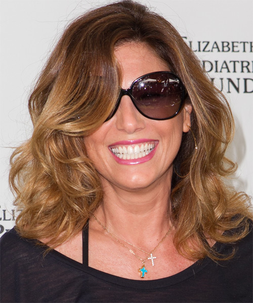 Daisy Fuentes - Casual Medium Wavy Hairstyle