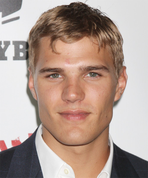 Chris Zylka Short Straight Casual Hairstyle - Dark Blonde Hair Color