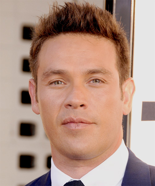 Kevin Alejandro Short Straight Hairstyle - Light Brunette