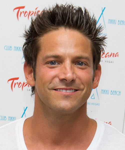 Jeff Timmons Short Straight Casual Hairstyle - Medium Brunette Hair Color