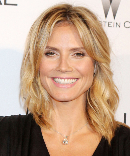 Heidi Klum Medium Wavy Casual Hairstyle - Light Blonde (Golden) Hair Color