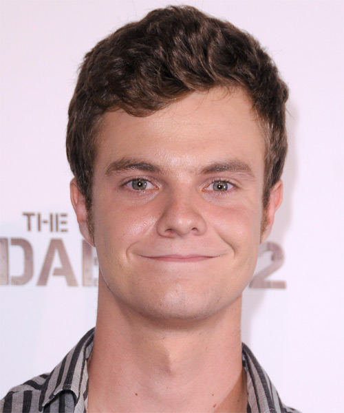 Jack Quaid Short Wavy Hairstyle - Dark Brunette
