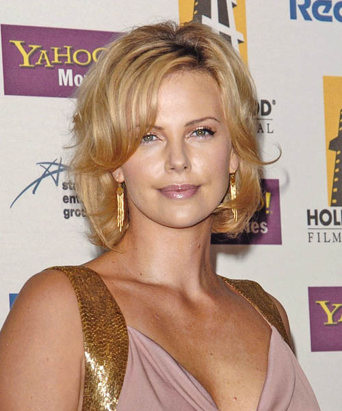 Charlize Theron - Formal Medium Straight Hairstyle