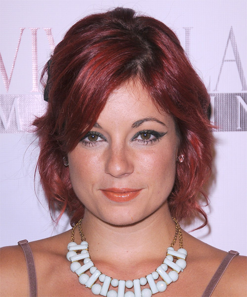 Darcie Odom Short Wavy Hairstyle - Medium Red (Burgundy)