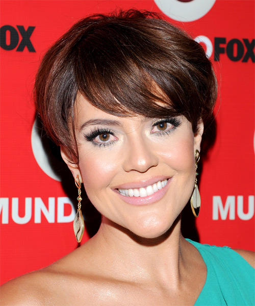 Cristina Umana Short Straight Hairstyle - Medium Brunette