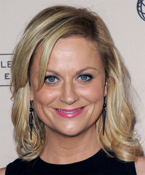 Amy Poehler Medium Straight Casual Hairstyle with Side Swept Bangs - Medium Blonde (Ash) Hair Color