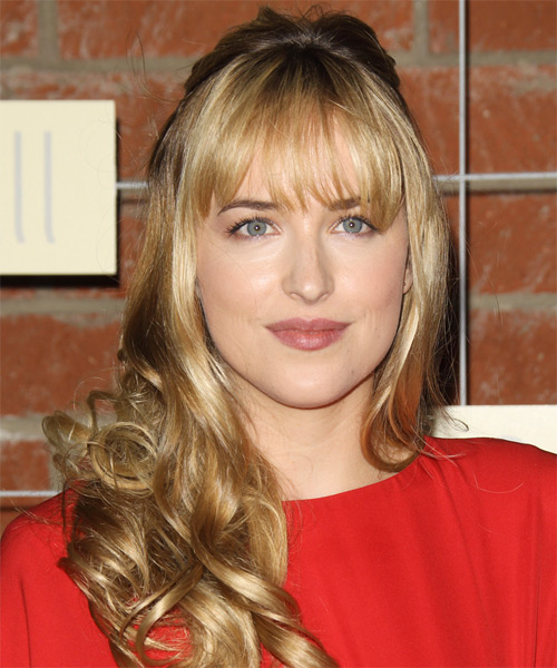 Dakota Johnson Curly Casual Half Up Hairstyle with Layered Bangs - Dark Blonde Hair Color