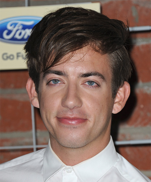 Kevin McHale Short Straight Hairstyle - Medium Brunette (Chocolate)