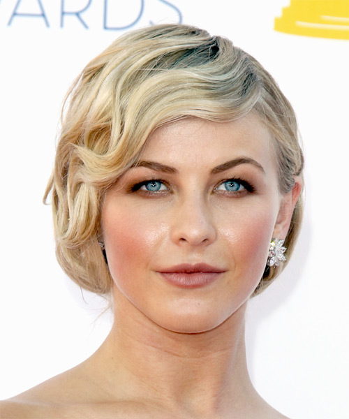 Julianne Hough Short Wavy Formal Hairstyle with Side Swept Bangs - Light Blonde Hair Color