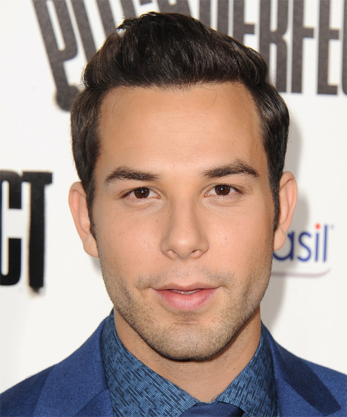 Skylar Astin Short Straight Hairstyle - Medium Brunette (Mocha)
