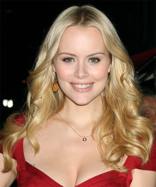 Helena Mattsson Long Wavy Casual Hairstyle - Light Blonde Hair Color