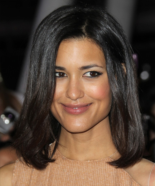 Julia Jones Medium Straight Bob Hairstyle - Black