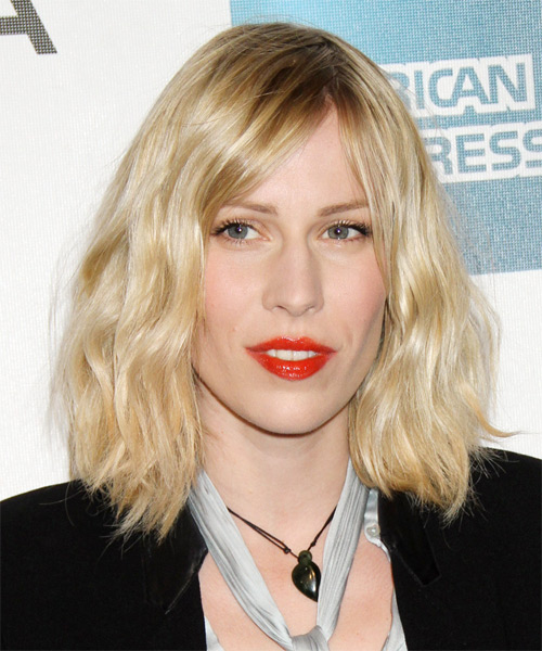 Natasha Bedingfield Medium Wavy Hairstyle - Light Blonde