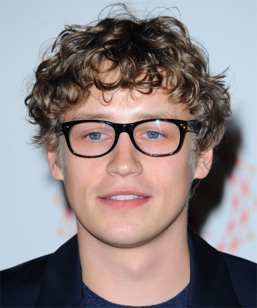 Tim Bendzko Medium Curly Casual Hairstyle - Light Brunette (Ash) Hair Color
