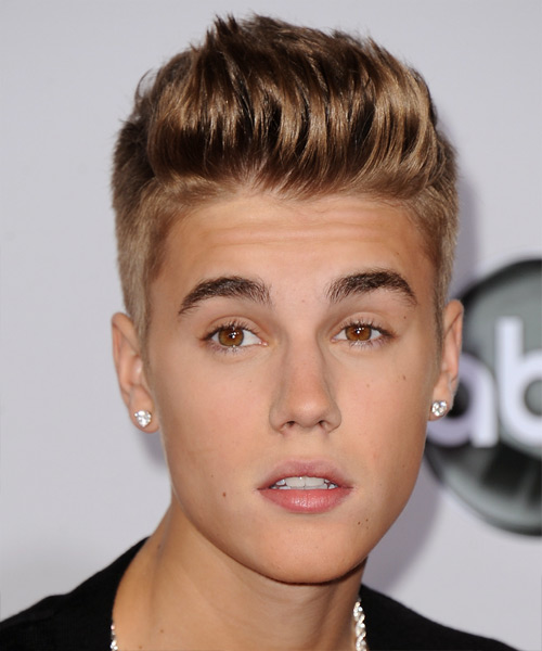 Justin Bieber Short Straight Hairstyle - Light Brunette (Caramel)