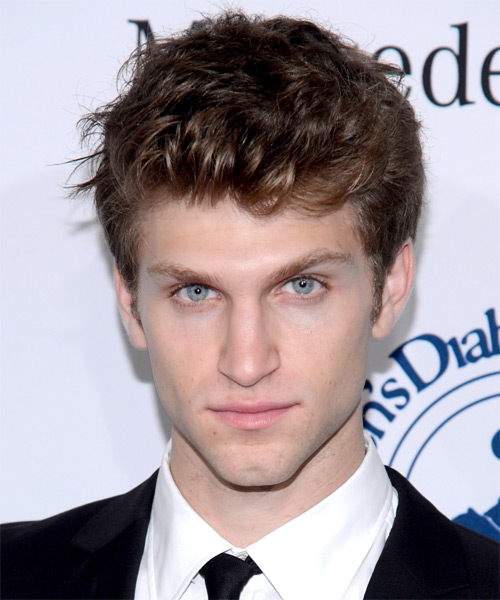 Keegan Allen Short Straight Hairstyle - Medium Brunette (Chestnut)