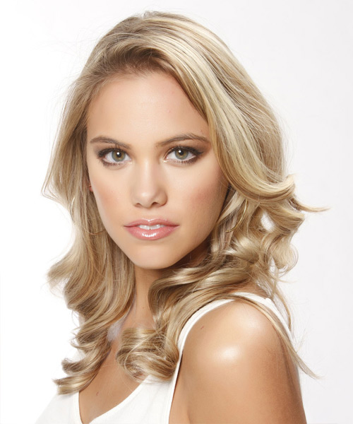 Long Wavy Casual Hairstyle - Light Blonde (Champagne) Hair Color