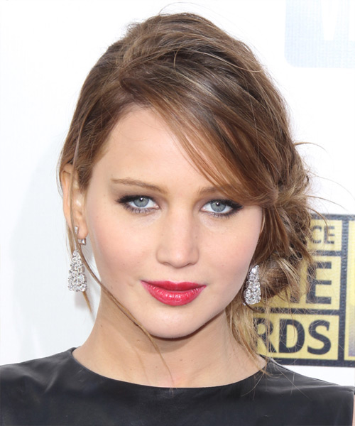 Jennifer Lawrence Casual Straight Updo Hairstyle