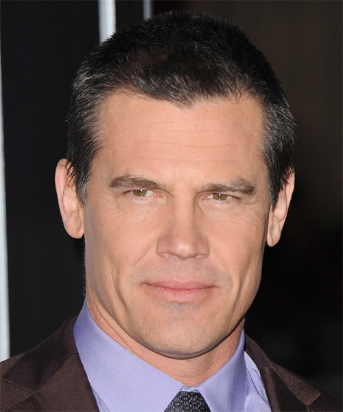 Josh Brolin Short Straight Hairstyle - Dark Grey