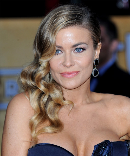 Carmen Electra Long Wavy Hairstyle - Dark Blonde
