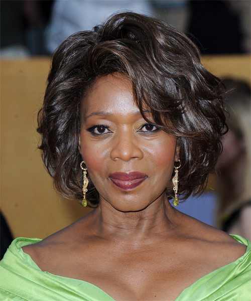 Alfre Woodard Short Wavy Hairstyle - Dark Brunette