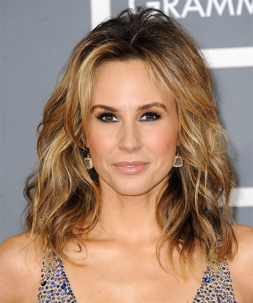 Keltie Colleen Medium Wavy Hairstyle - Dark Blonde (Golden)