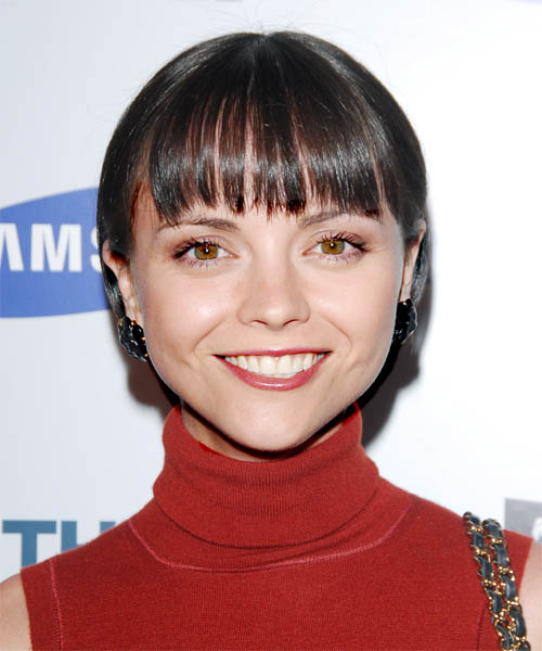 Christina Ricci Short Straight Hairstyle