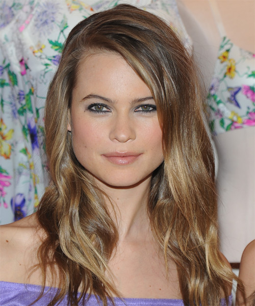Angel Behati  - Casual Long Straight Hairstyle