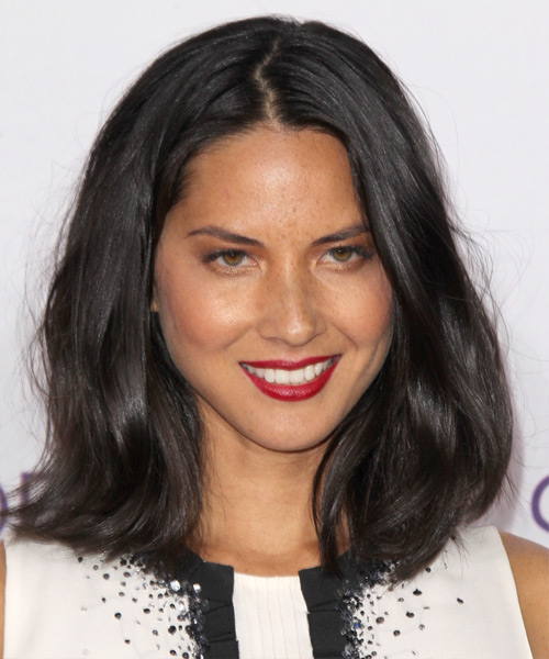 Olivia Munn Medium Straight Bob Hairstyle - Dark Brunette