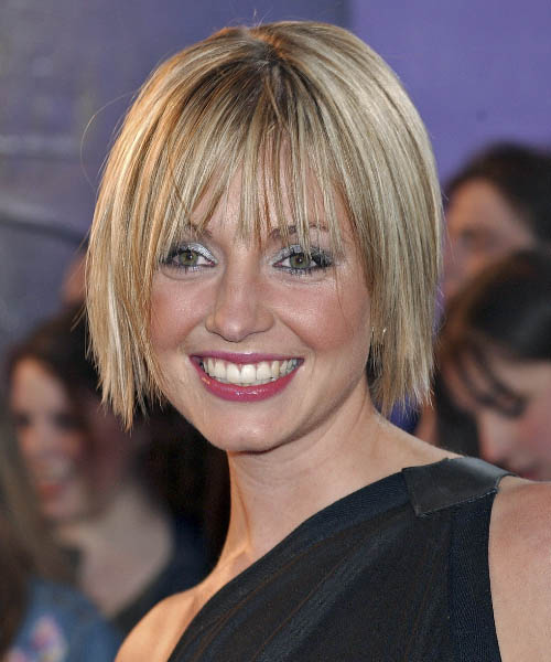 Elize du Toit Medium Straight Hairstyle
