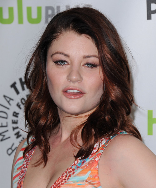 Emilie de Ravin - Casual Medium Wavy Hairstyle
