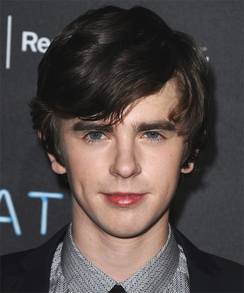 Freddie Highmore Medium Straight Hairstyle - Dark Brunette