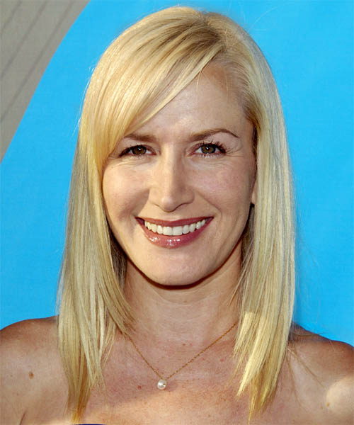 Angela Kinsey Long Straight Hairstyle
