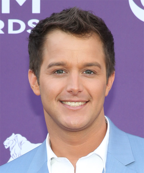 Easton Corbin Short Straight Hairstyle - Medium Brunette (Chestnut)