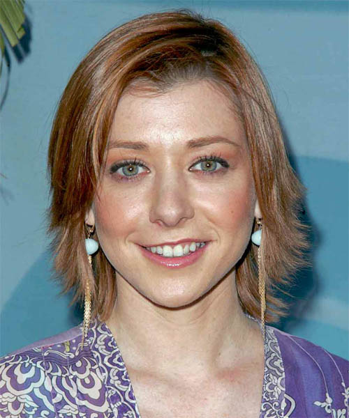Alyson Hannigan Medium Straight Hairstyle
