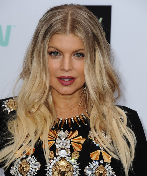 Fergie Long Wavy Casual Hairstyle - Light Blonde (Champagne) Hair Color