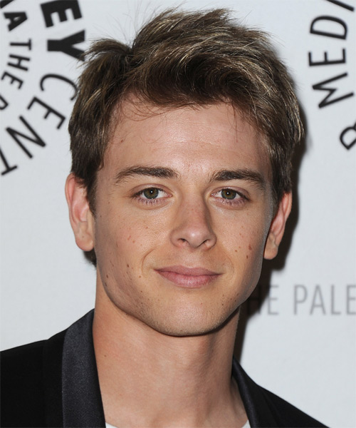 Chad Duell Short Straight Casual Hairstyle - Medium Brunette Hair Color