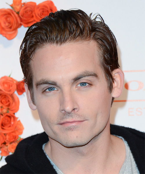 Kevin Zegers Short Straight Hairstyle - Medium Brunette