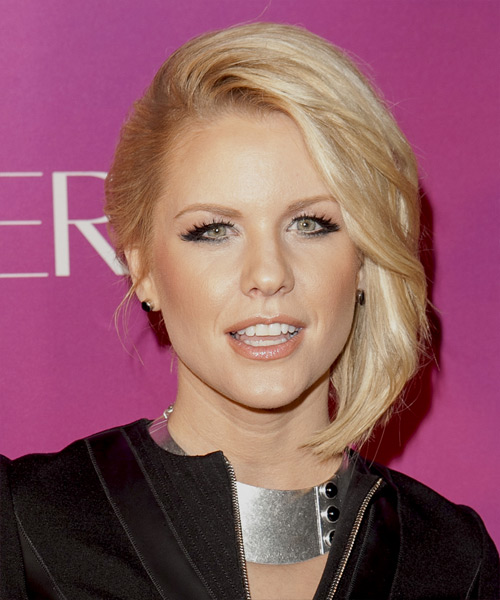 Carrie Keagan Short Straight Formal Bob Hairstyle - Light Blonde Hair Color