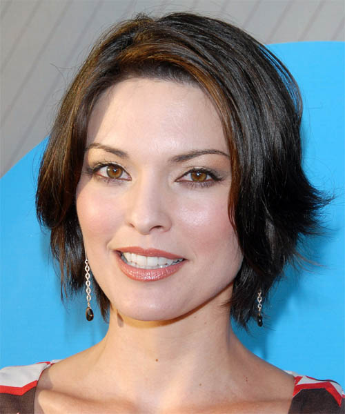 Alana De La Garza - Casual Short Straight Hairstyle